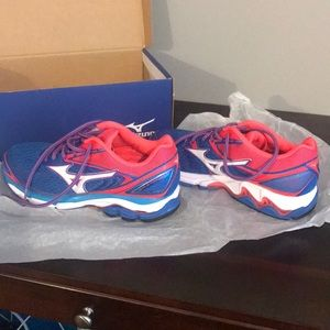 Mizuno Wave Inspire 13D Running Shoes SZ 9.5